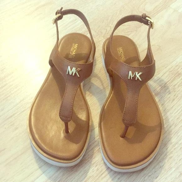 Michael Kors Brady Thong Sandals Size